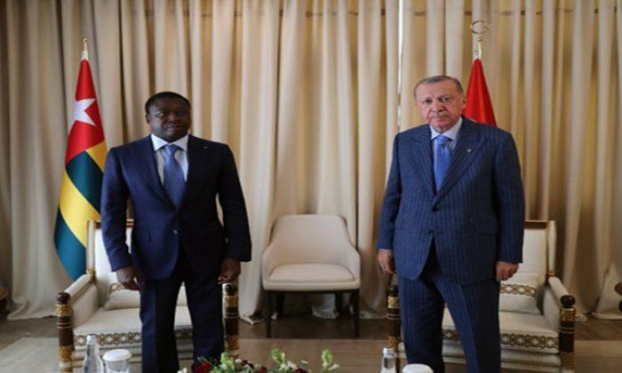 Cumhurbaşkanı Erdoğan, Togo Cumhurbaşkanlığı Sarayı'nda